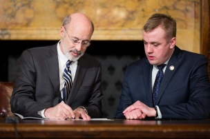 Pennsylvania-Gov.-Wolf-Signs-Lobbying-Restriction-Bill
